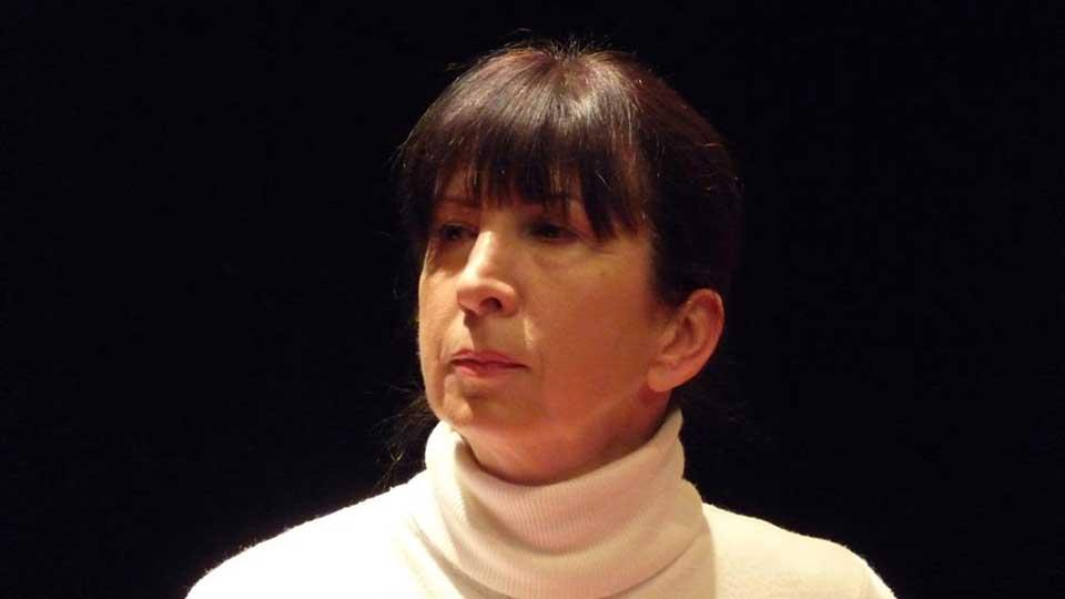 Rosyne Damais, lectrice de Contes en Bande - Spectacle d'Aimer à peine