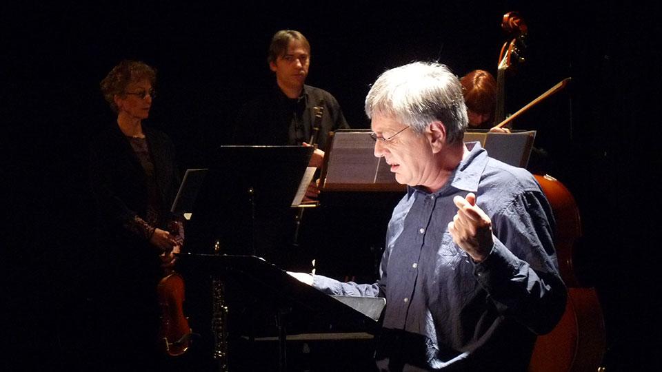 La Parure, nouvelle de Guy de Maupassant jouée par Contes en Bande lors d'un spectacle de lecture dans les Yvelines