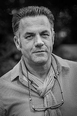Portrait de Jean-Paul Didierlaurent par © Claude Truong-Ngoc / Wikimedia Commons